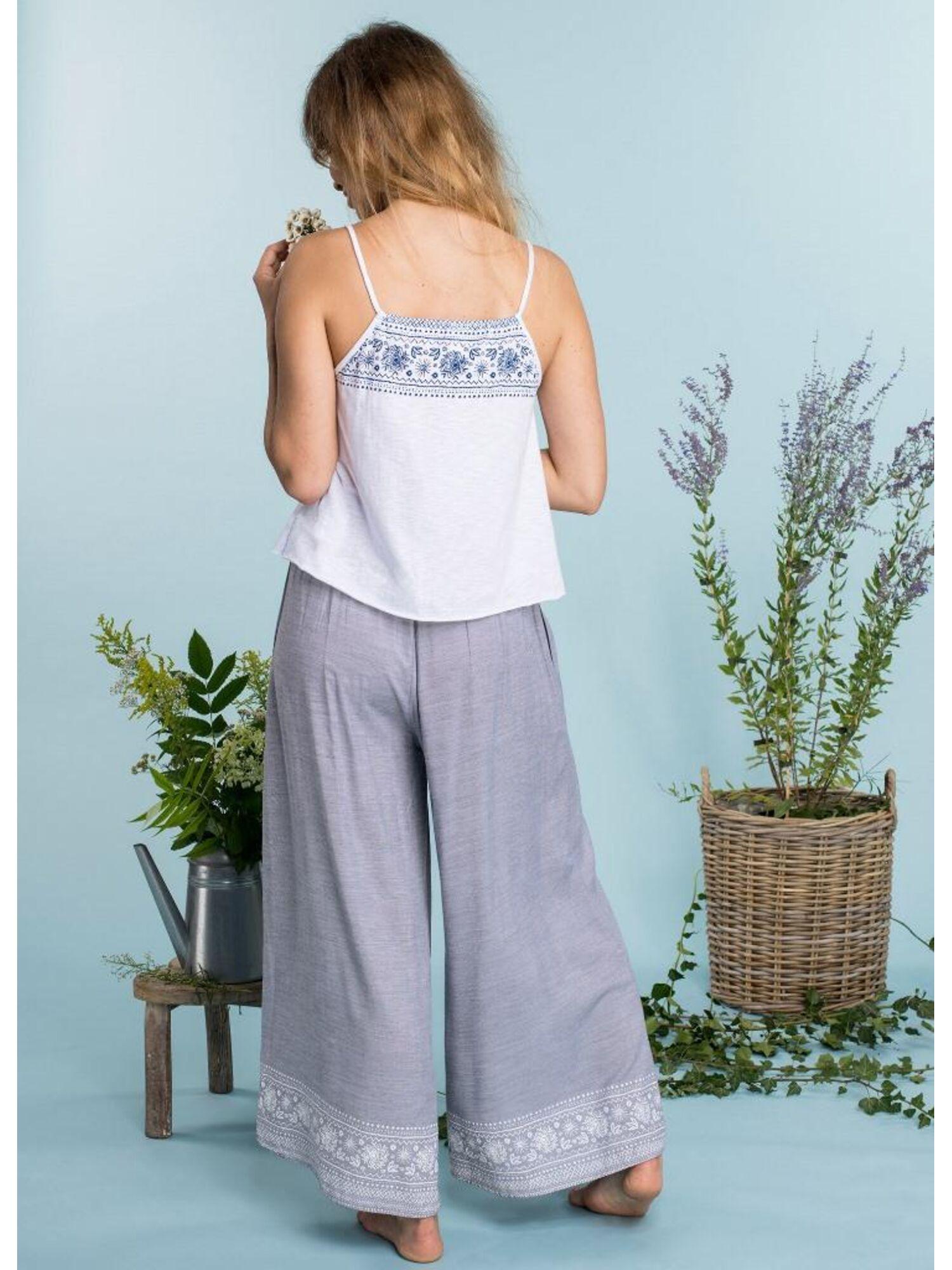 Комплект женский из хлопка и вискозы с брюками LHS 576 A20, KEY