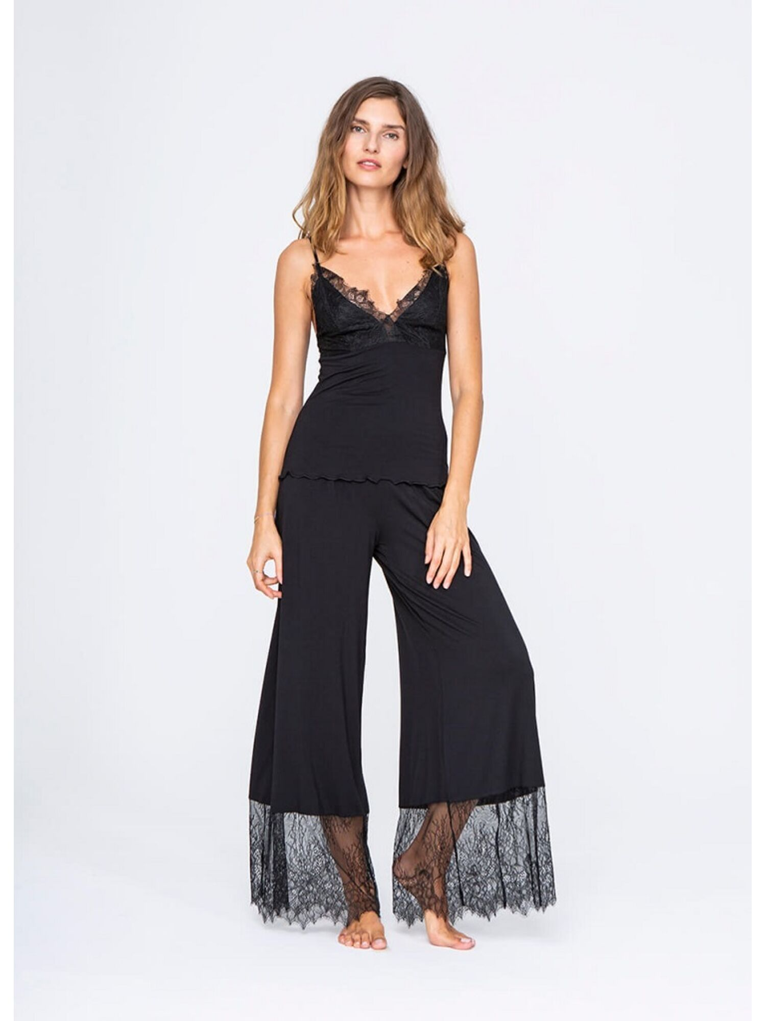 Женская пижама с брюками из вискозы 3215 черный, VANILLA (Польша)