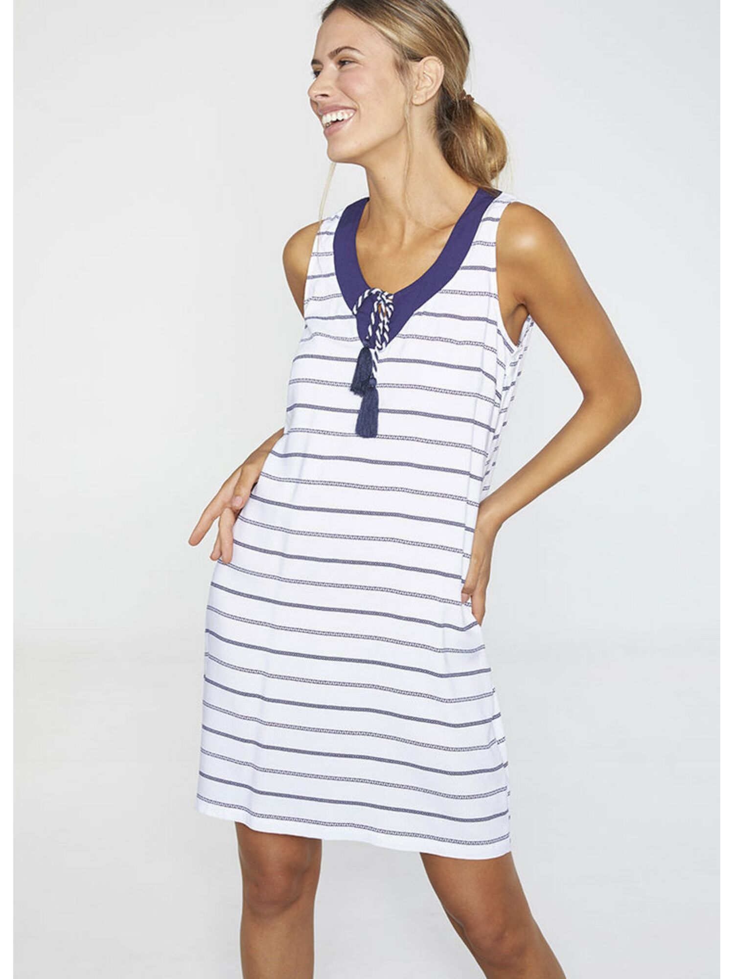 Женское платье пляжное из вискозы 85669 белый, Ysabel Mora (Испания)